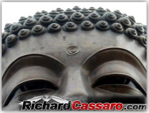 http://www.richardcassaro.com/wp-content/uploads/2011/01/Third-Eye-Buddha-300x227.jpg