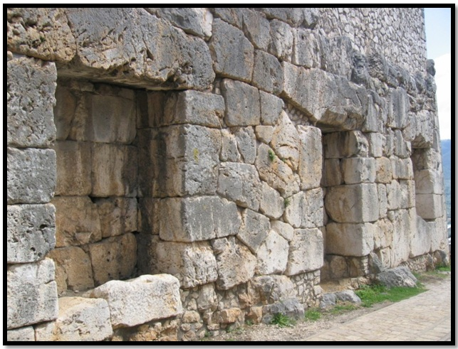Oculto en Italia: Ruinas ciclópeas prohibidas, (¿de gigantes de la Atlántida?) Cyclopean-Ruins-Alatri-Italy-5
