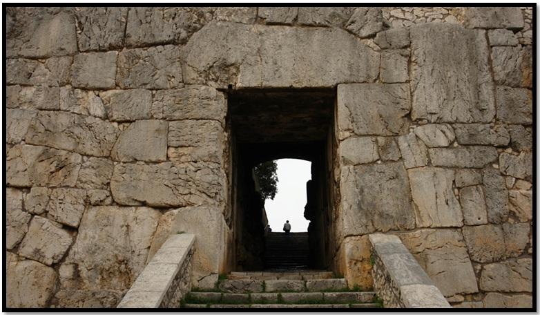 Oculto en Italia: Ruinas ciclópeas prohibidas, (¿de gigantes de la Atlántida?) Cyclopean-Ruins-Alatri-Italy-7