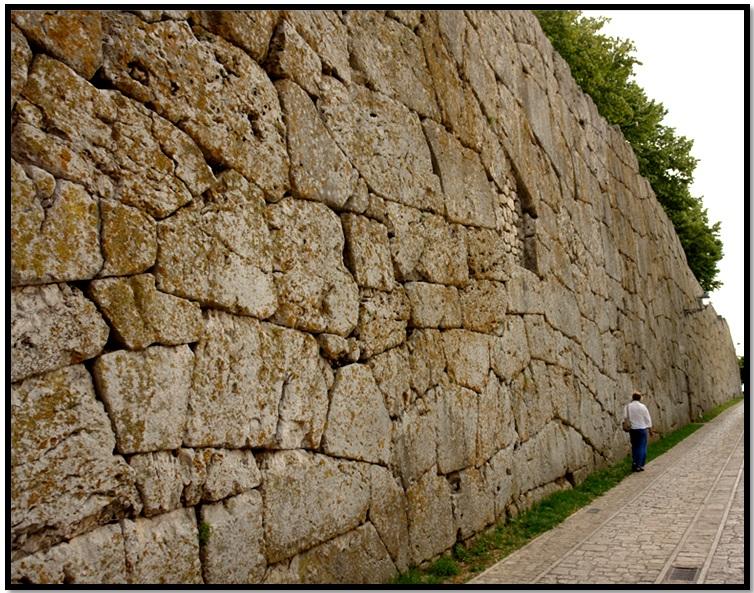 Oculto en Italia: Ruinas ciclópeas prohibidas, (¿de gigantes de la Atlántida?) Cyclopean-Ruins-Alatri-Italy-8