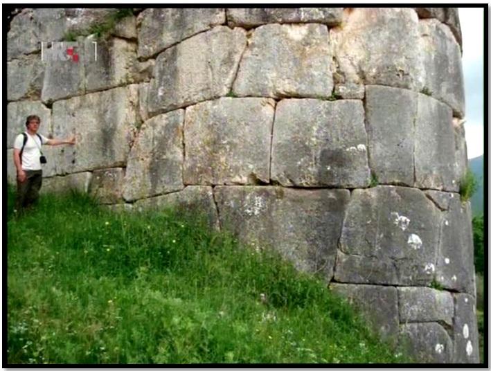 Oculto en Italia: Ruinas ciclópeas prohibidas, (¿de gigantes de la Atlántida?) Cyclopean-Ruins-Norba-Italy-2