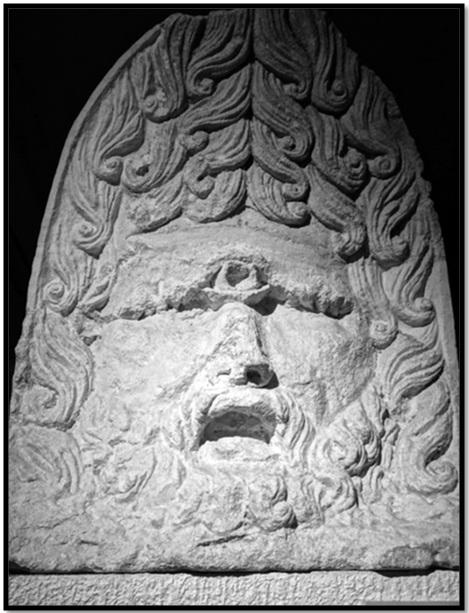Oculto en Italia: Ruinas ciclópeas prohibidas, (¿de gigantes de la Atlántida?) Cyclopes-Statue-stone-2