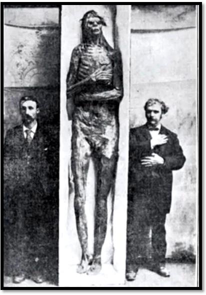 Oculto en Italia: Ruinas ciclópeas prohibidas, (¿de gigantes de la Atlántida?) Giant-skeleton-unknown